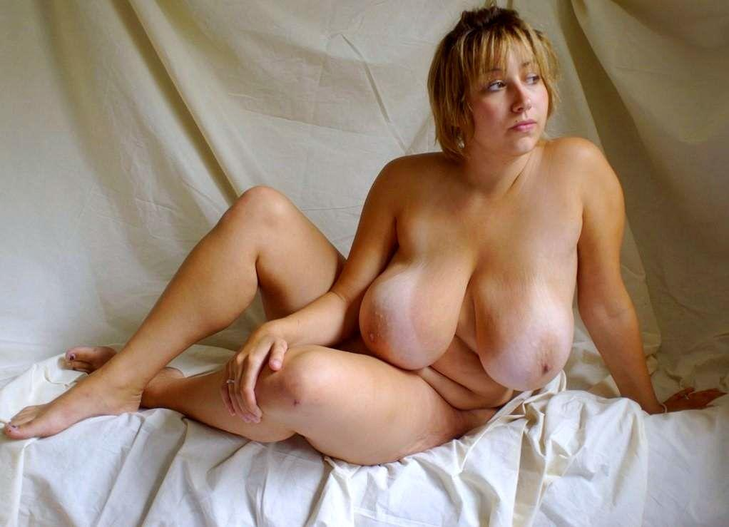 Older woman with huge boob
