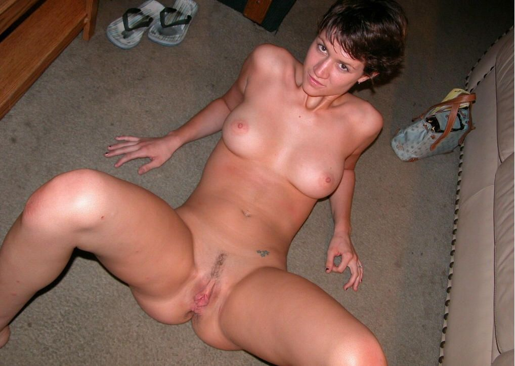 Due Sexy cougar nude home share your