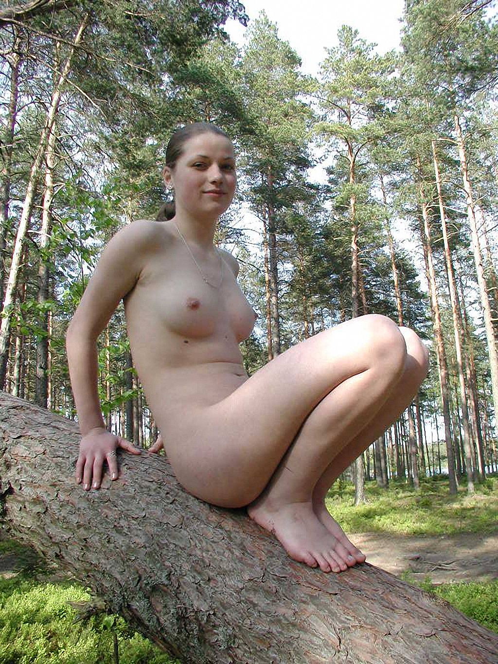Russian girl naked at forest | Russian Sexy Girls