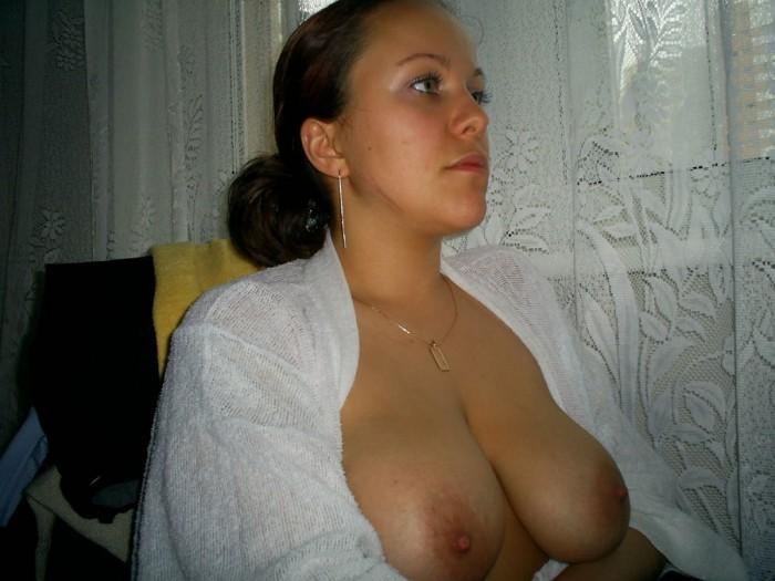 Sweet big boobs at home.jpg