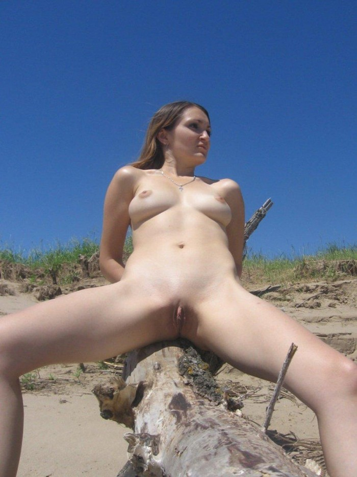 Sweet girl at the beach.jpg