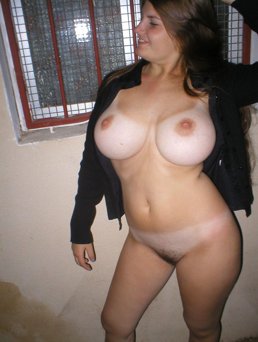 Hairy pussy and big breasts