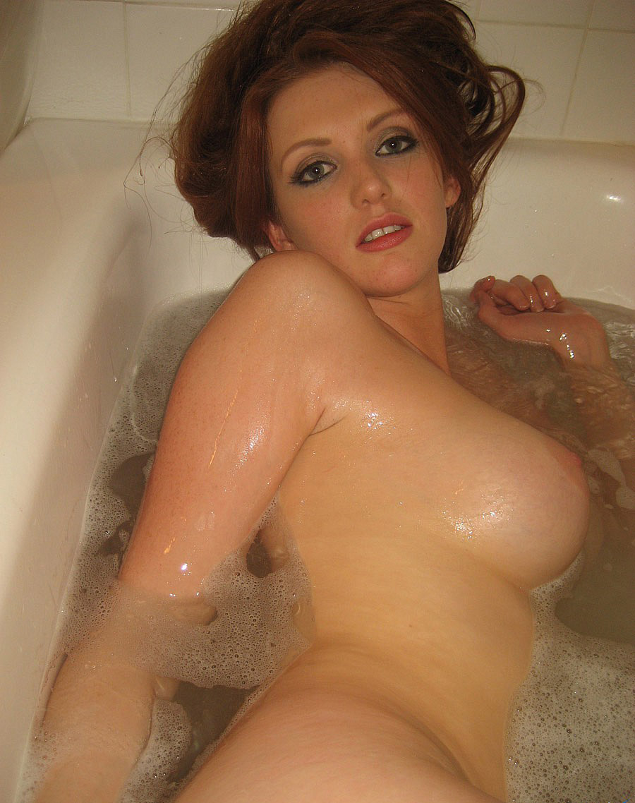 Suggest Hot nude girl in bath tub