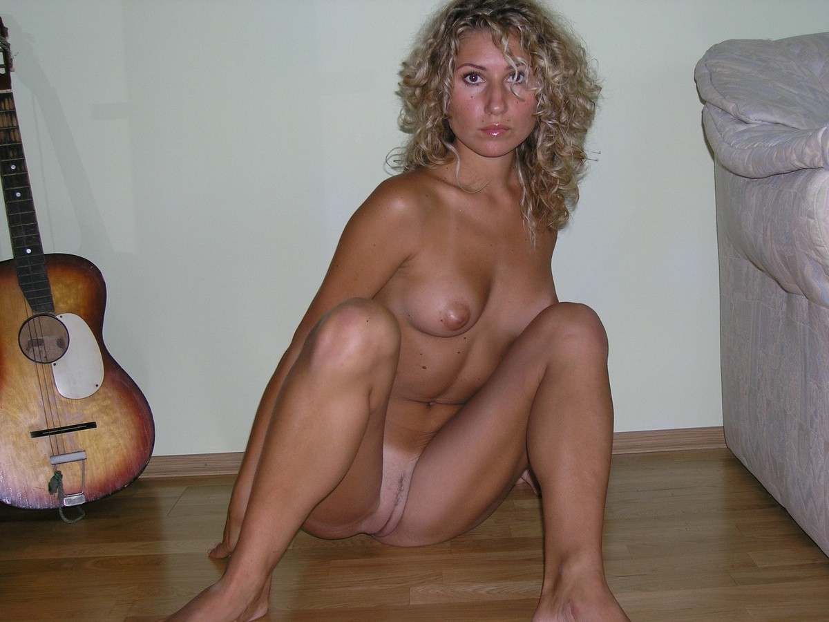 Curly hair blonde nudes