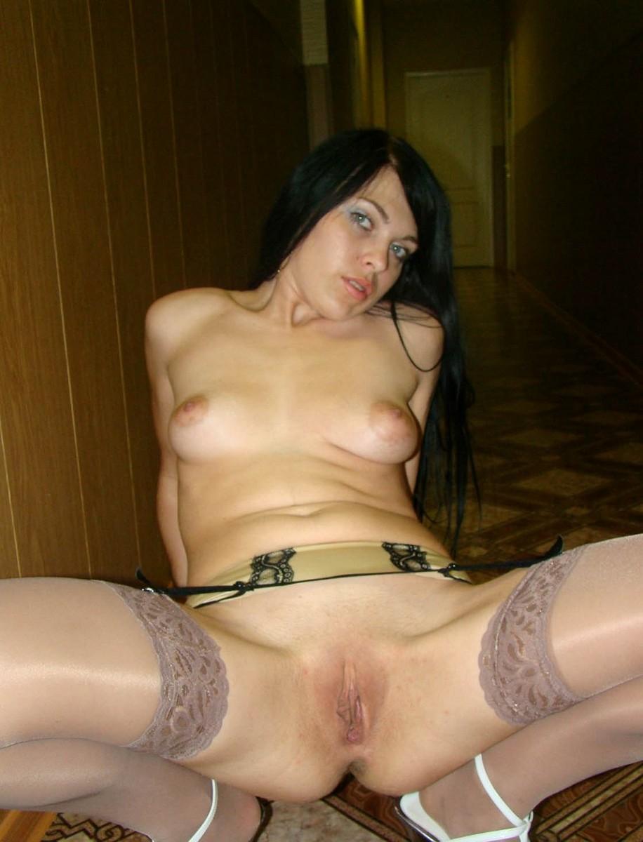 Частное фото шлюха жену отъебали трахают