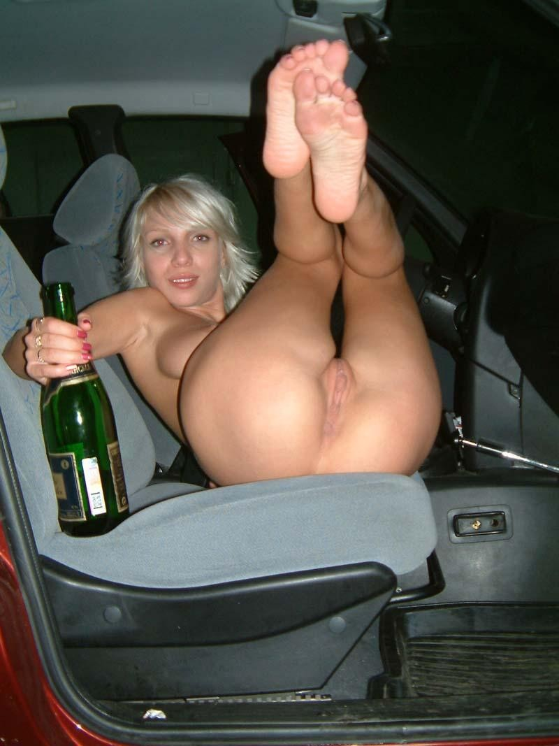 Amateur Blonde In The Car  Russian Sexy Girls-9294