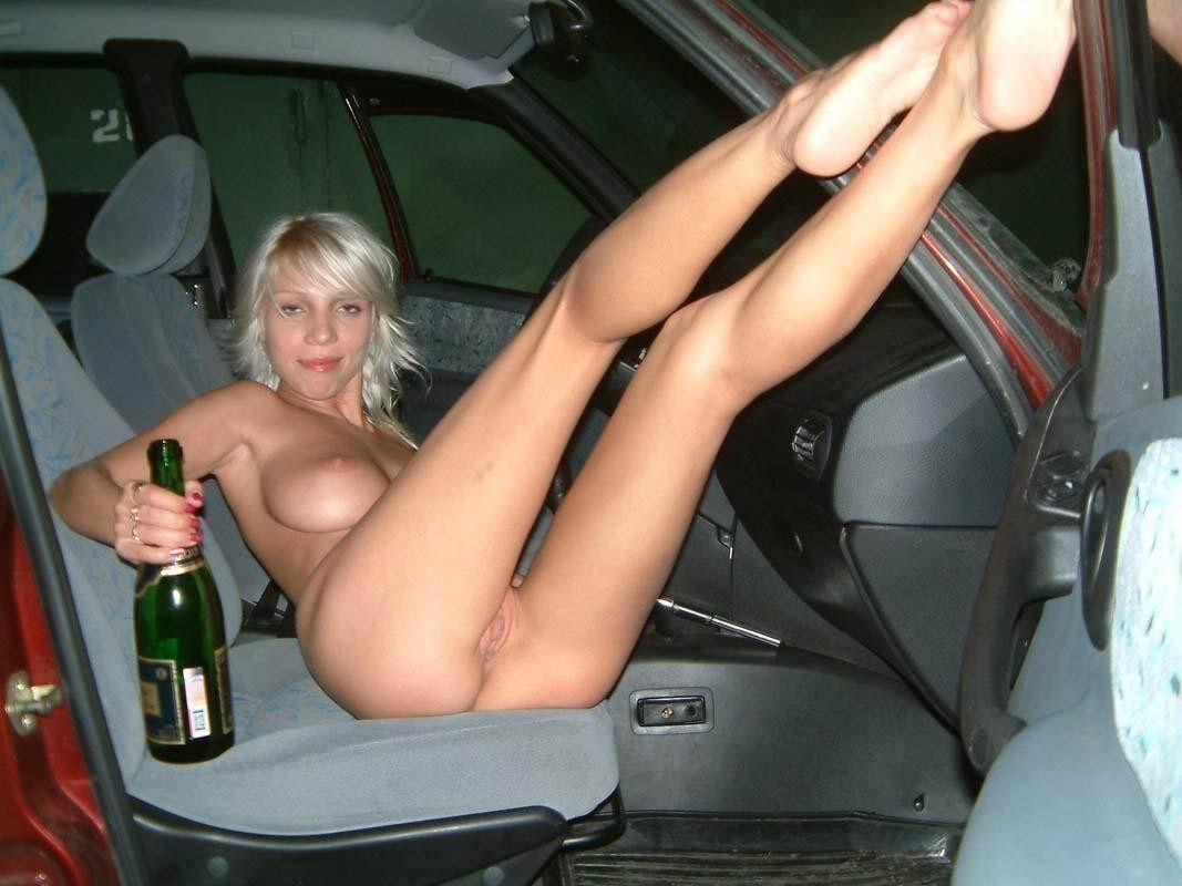 Amateur Blonde In The Car  Russian Sexy Girls-2937
