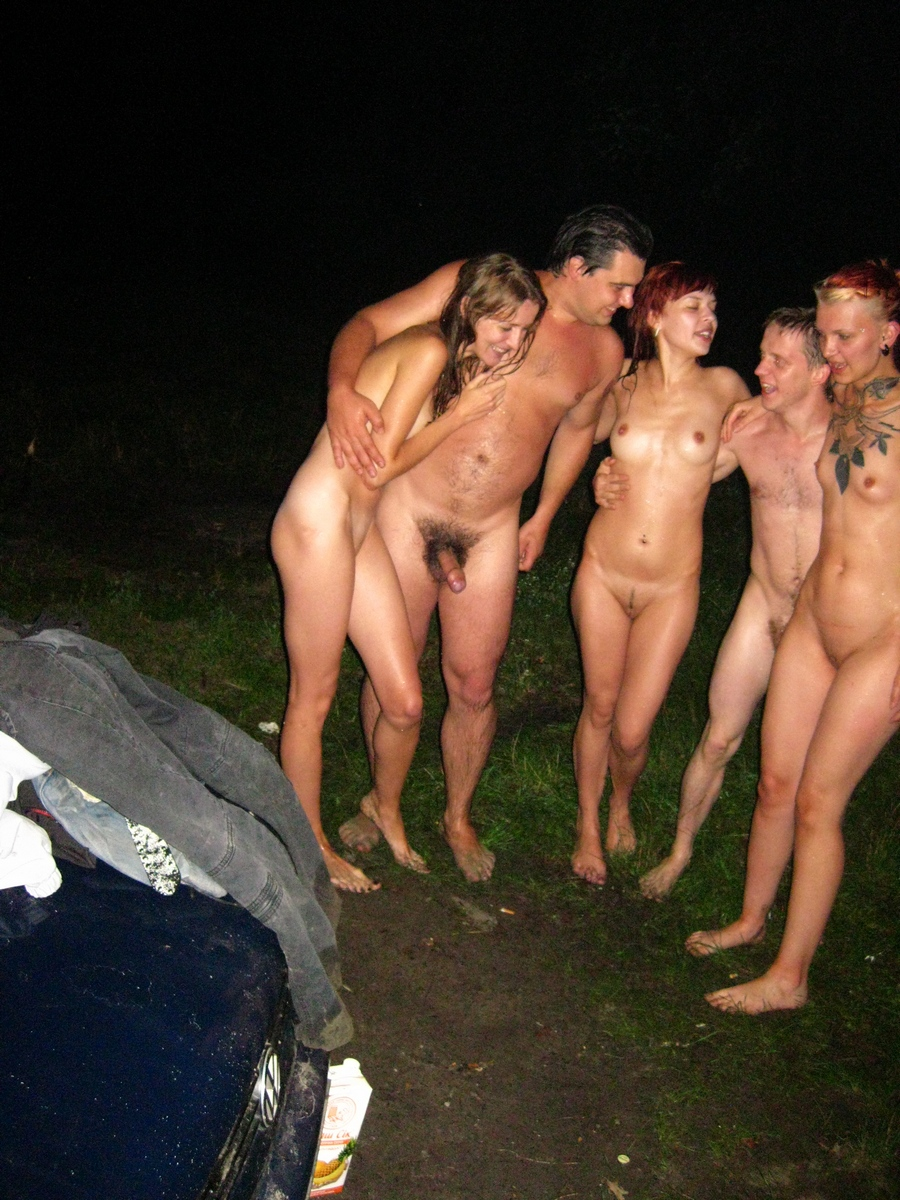 Drunk Girls And Boys At A Picnic  Russian Sexy Girls-1198