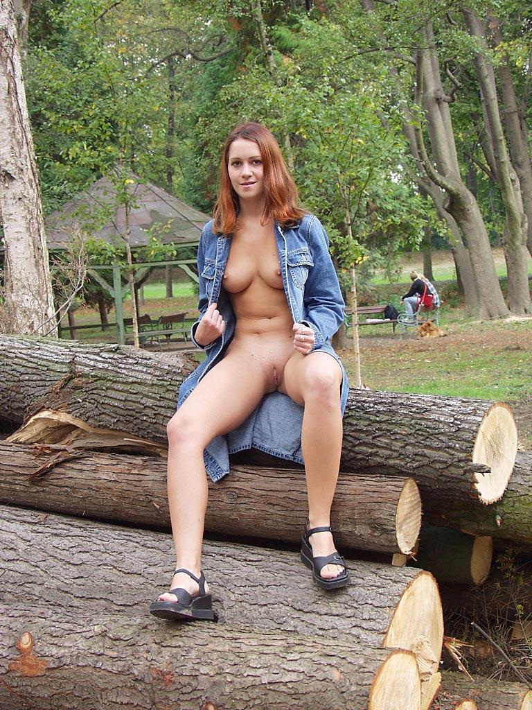 Nude In Public  Russian Sexy Girls-2564
