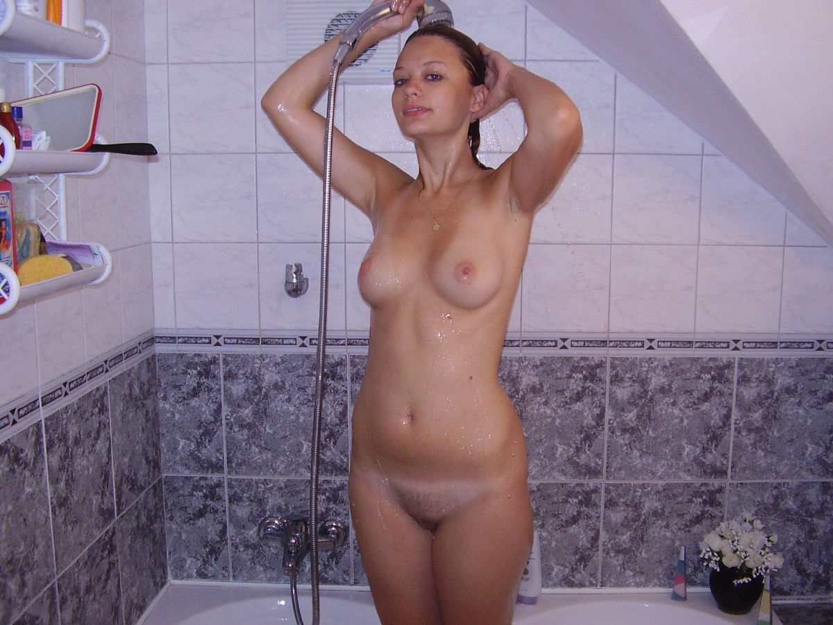 chastnoe-video-v-dushe