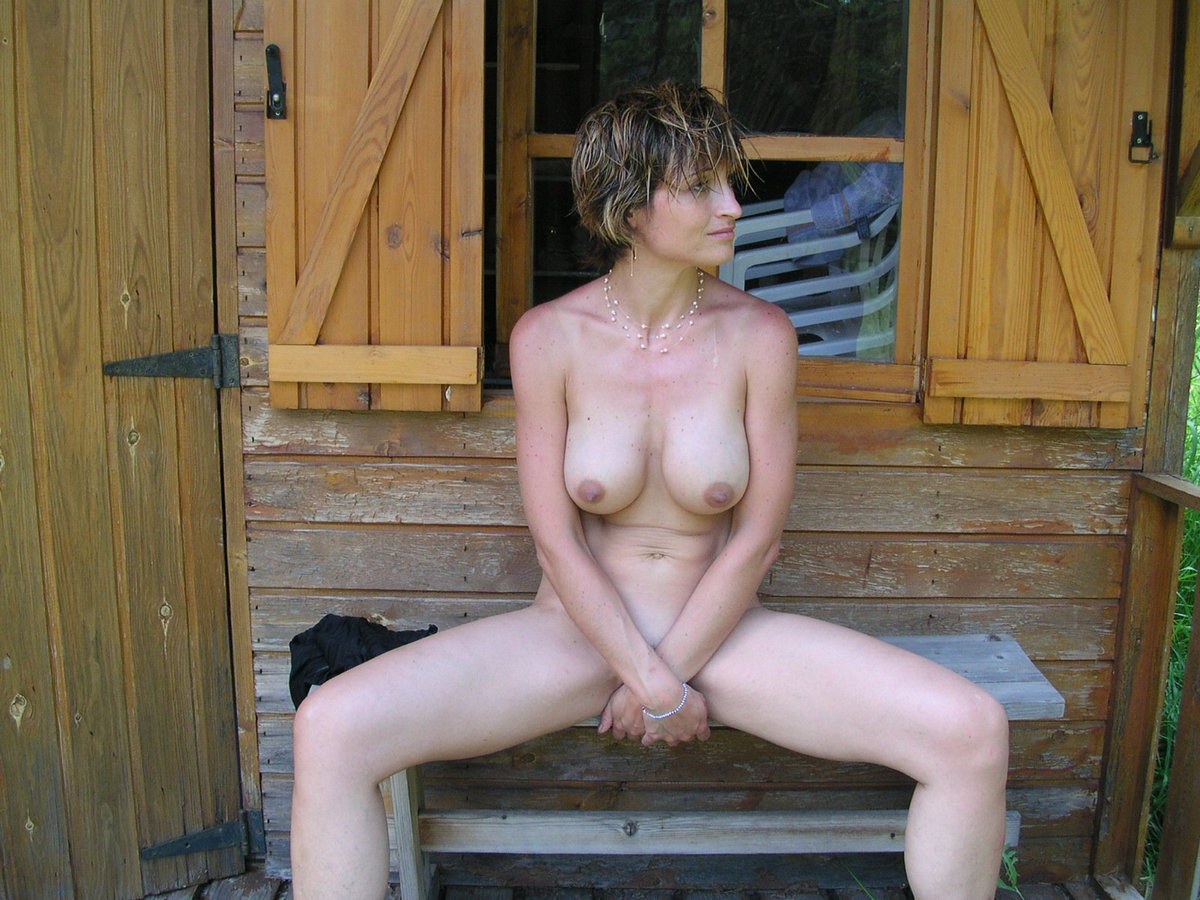 In cabin mature