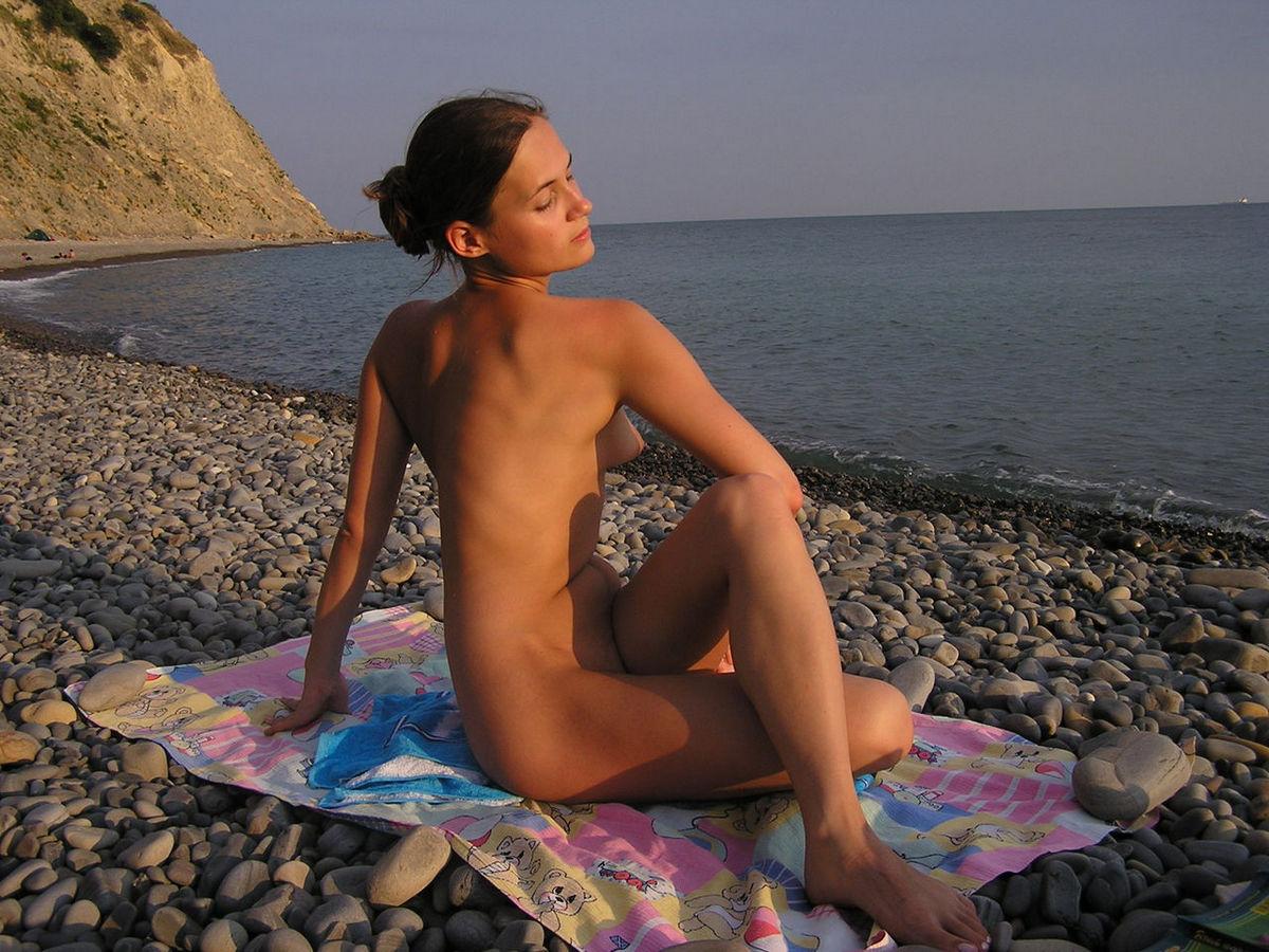 Секс на нудийском пляже без смс и регистрации 5 фотография