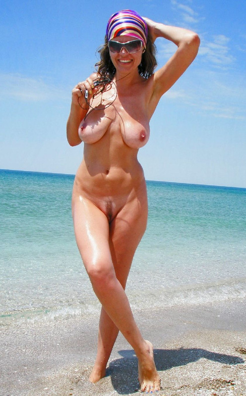 hot wife naked on beach