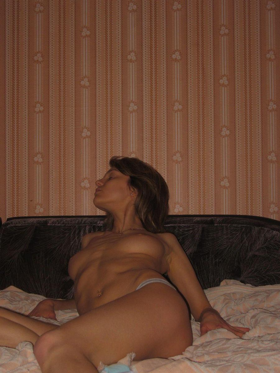 chastnie-taynie-intimnie-foto-doma