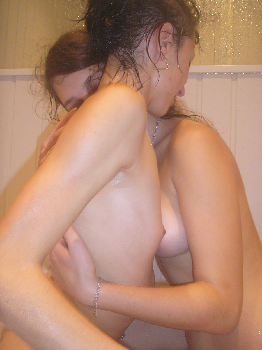 Two Lesbian Girls Have Fun In The Bath  Russian Sexy Girls-6030