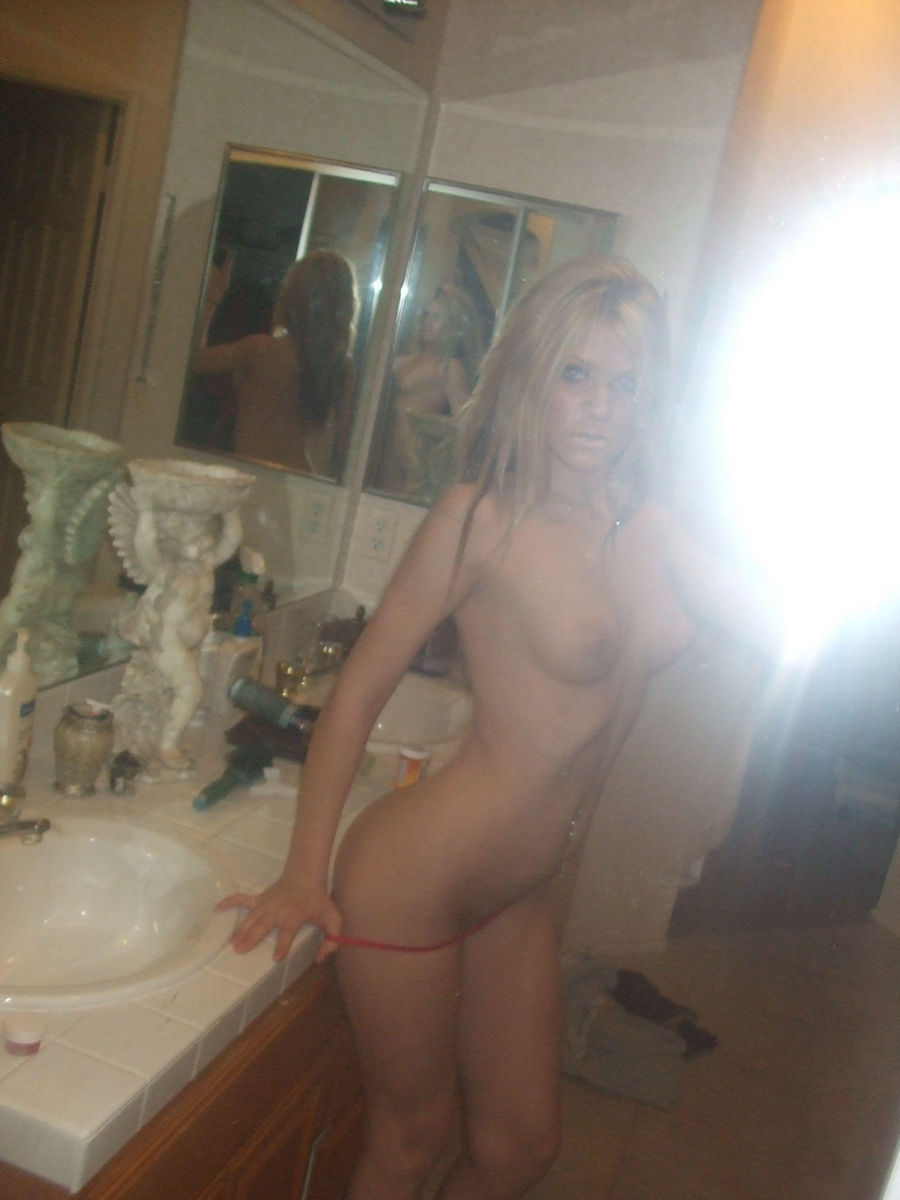 Self shot naked female bodies porn pics and movies