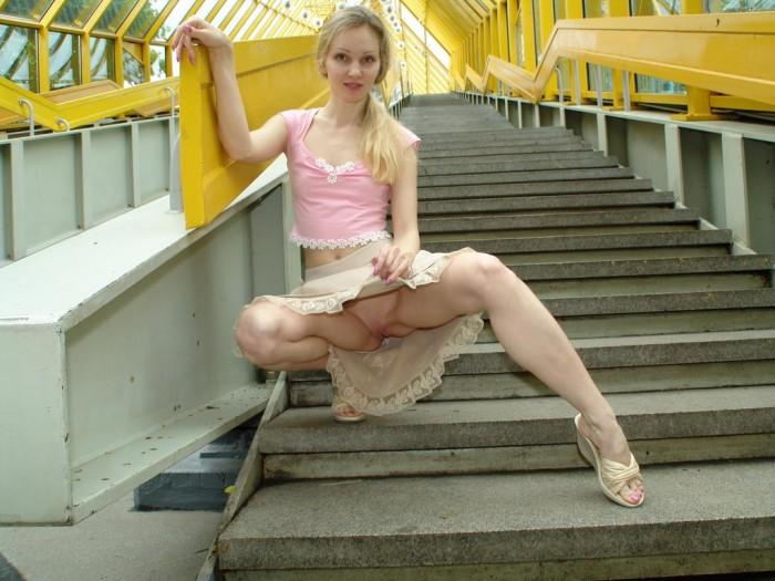 foto-russkih-devushek-bez-trusikov