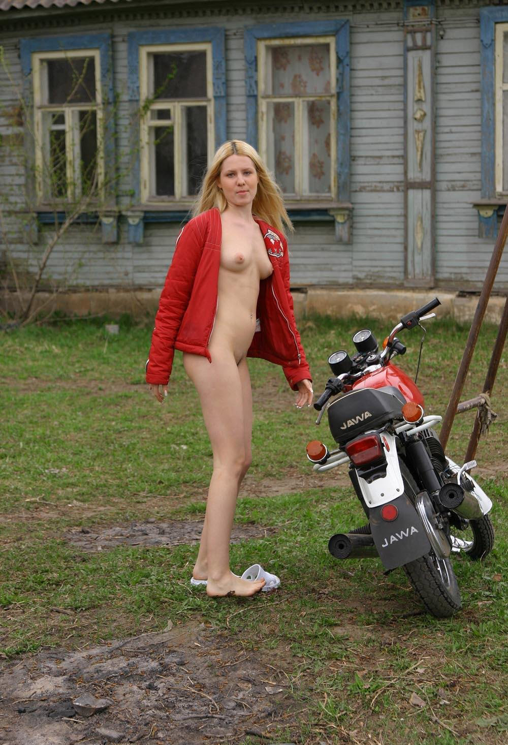 Blonde Girl In Russian Village  Russian Sexy Girls-7328