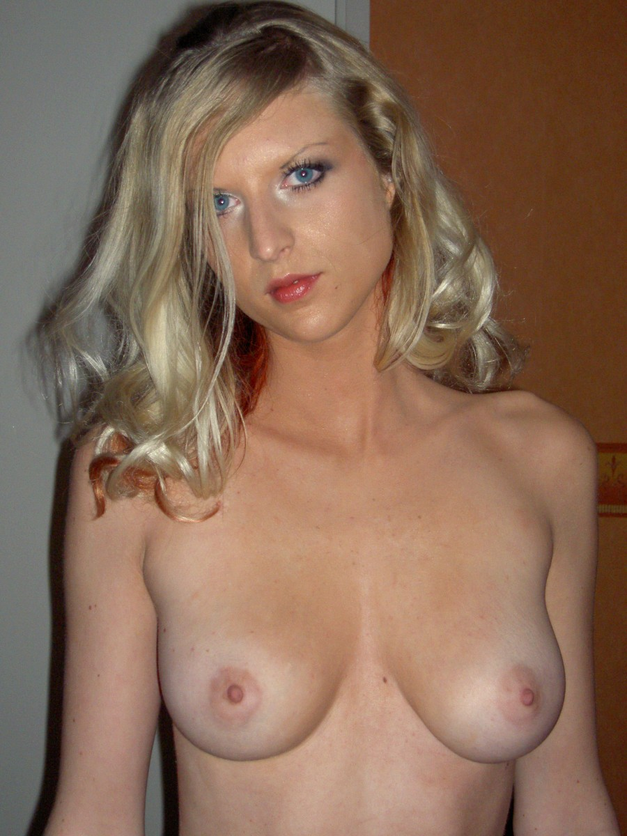 My wife poses nude during a photo session 6