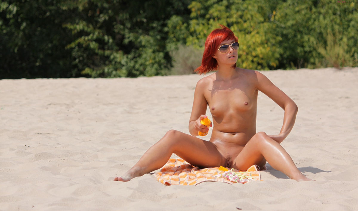 Nude naked free pics