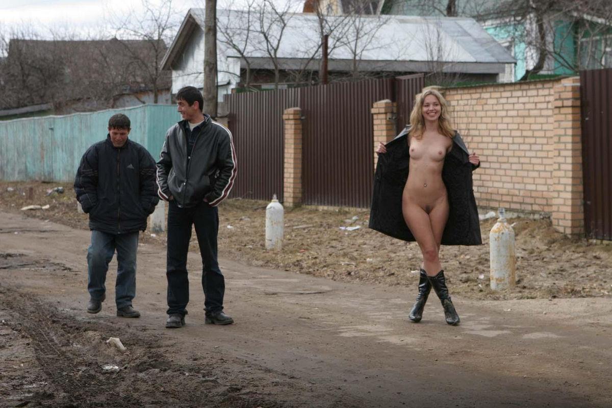 Смотреть порно познакомился на улице и пригласил домой 3 фотография
