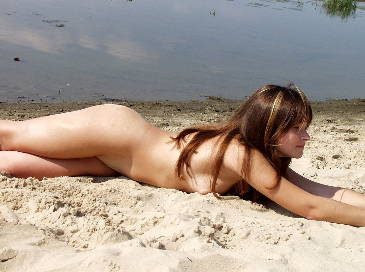 Chubby girl beach love fuck