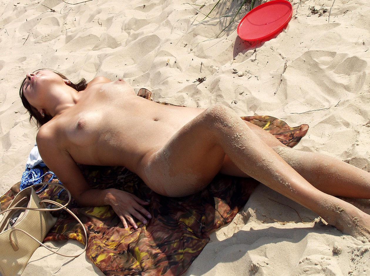 пляжное эро видео онлайн