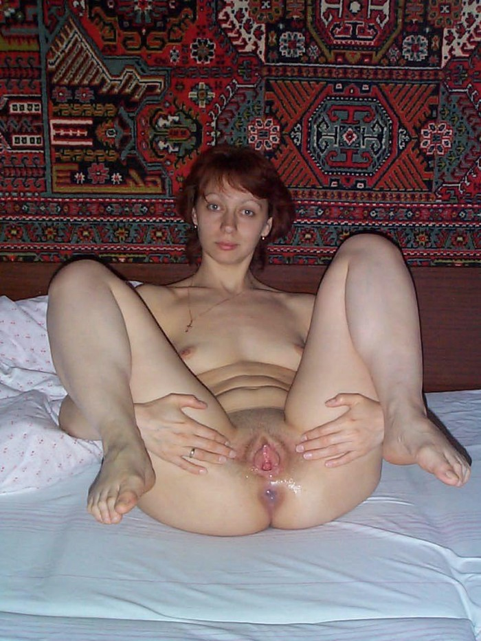 Russian amateur milf shows holes in sperm.jpg
