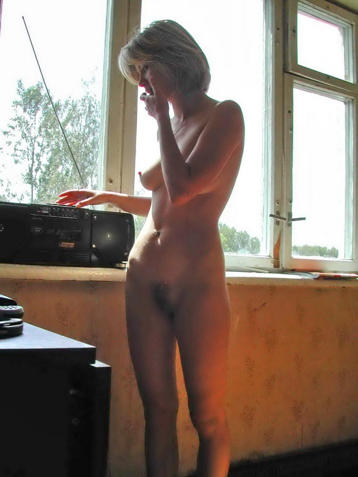Russian naked blonde milf.jpg