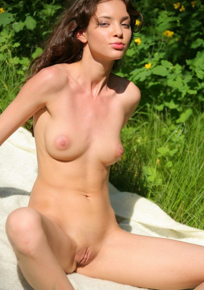 the world s most beautiful nude model