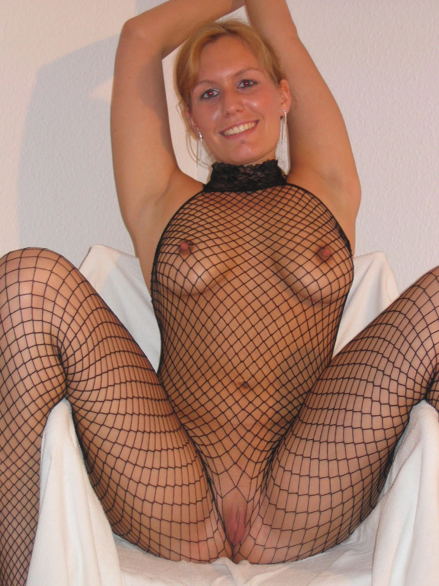 Amateur Blonde Milf With Big Boobs In Sexy Dress  Russian -4862