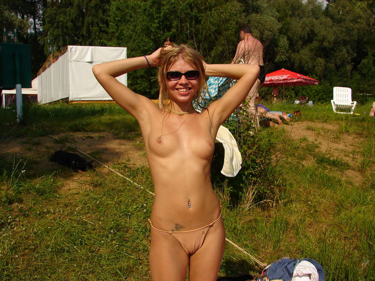Amazing Blonde With Perfect Tits Walks Naked Outdoors  Russian Sexy Girls-9917