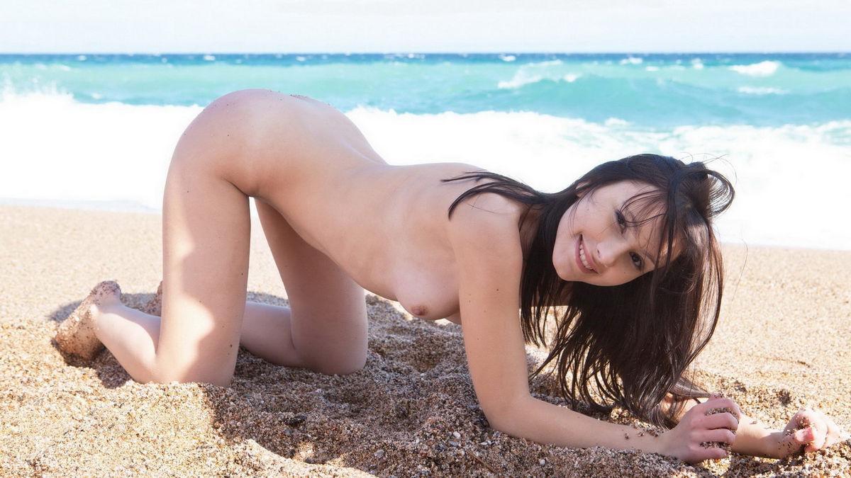 многих снимков, студентки на пляже голые шел одному