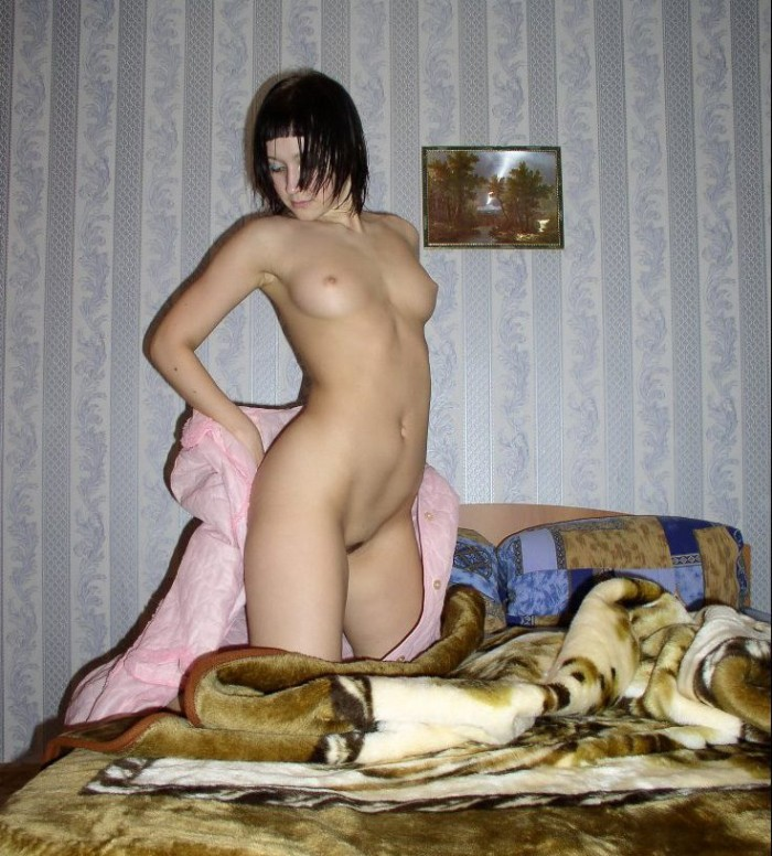 Russian amateur brunette at home.jpg
