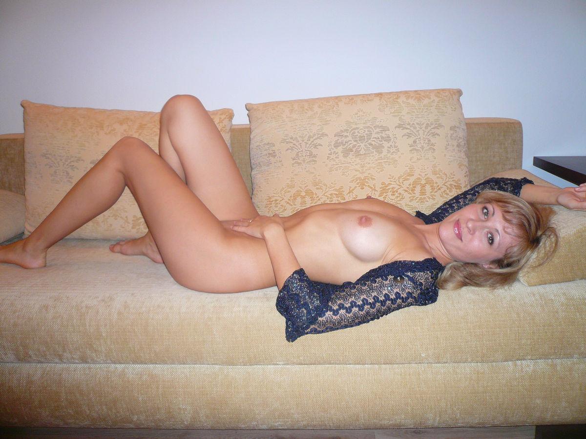 lezhashie-golie-zrelie