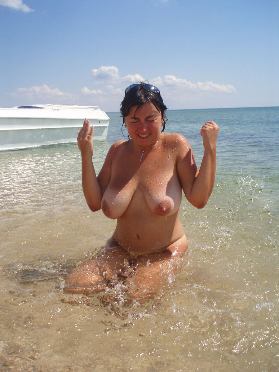 Older vintage beach Nude