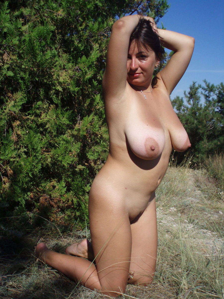 Can Older women naked outside seems