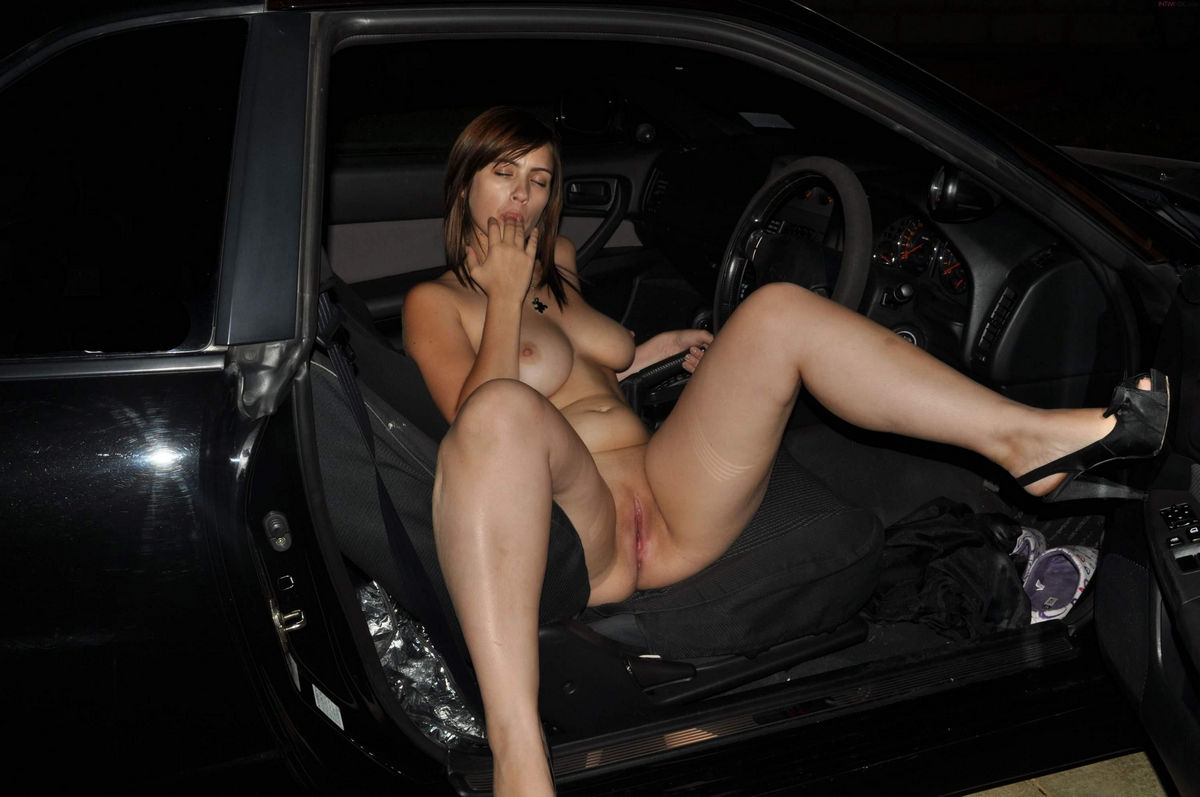 car babe sex
