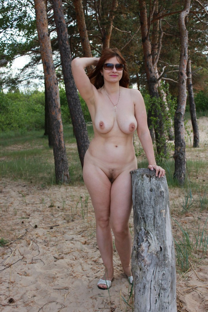 Russian Mature Wife With Big Boobs Posing Outdoors -7666