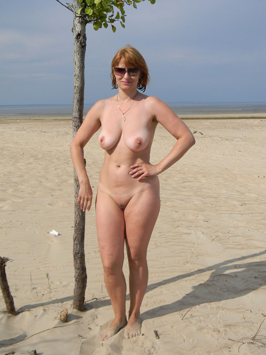 Russian Mature Wife With Big Boobs Posing Outdoors -9835