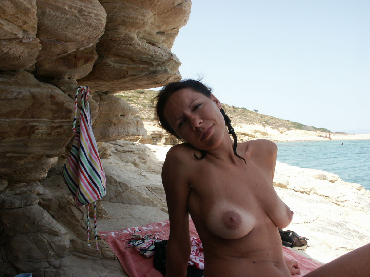 Sexy Milf With Nice Body Tans On Nudist Beach  Russian -3072