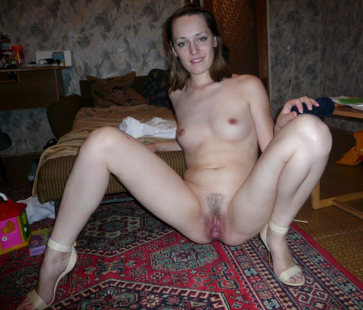 wife playing pussy Mature with