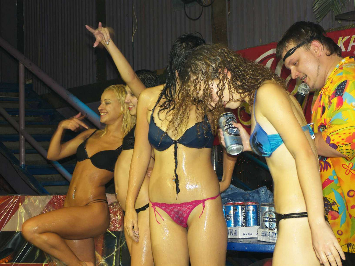 Drunk Party Girls Naked