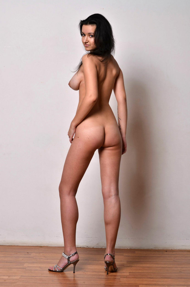 perfect body latvia escort