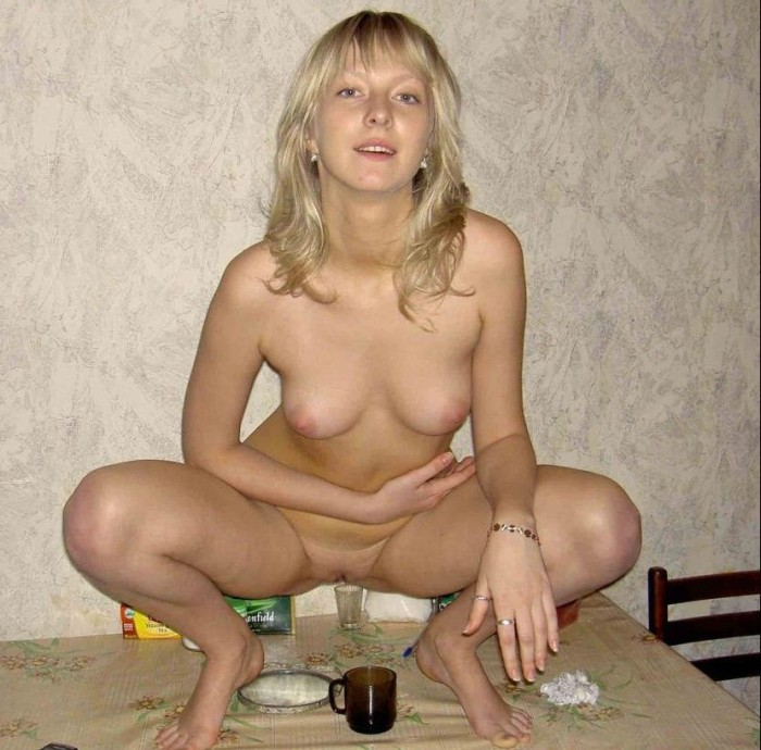 Naked russian milf with nice body at bath