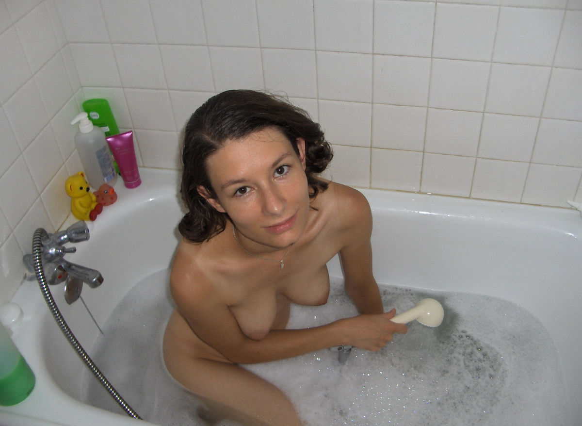 Фото писек в ванне 16 фотография