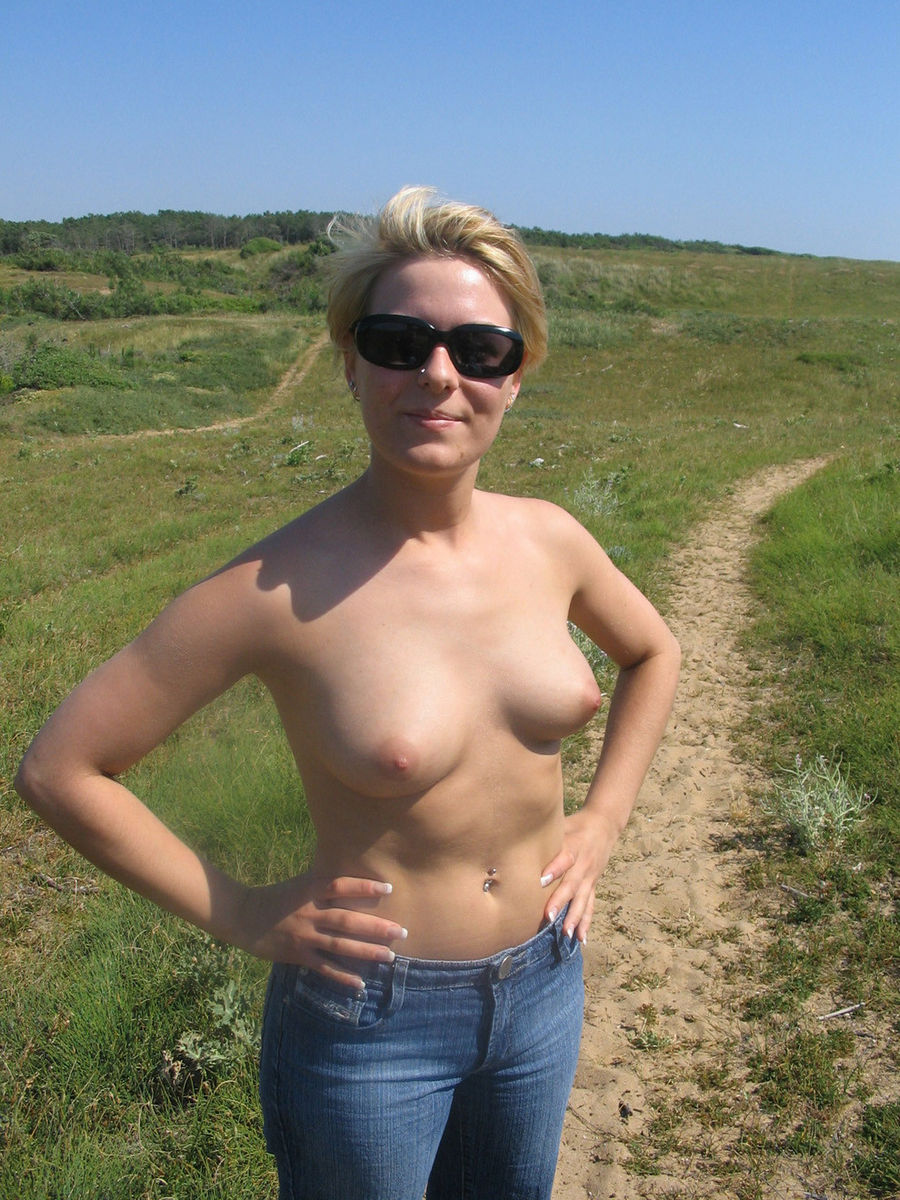 girls witg three tits nude