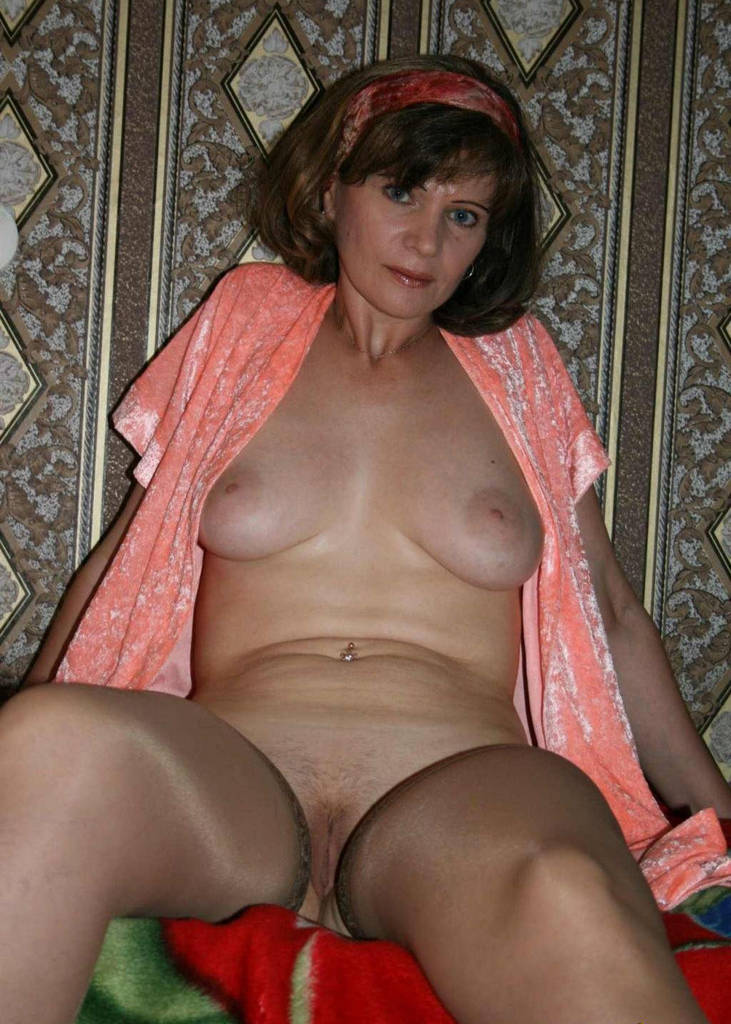 Big huge tits mom-4231