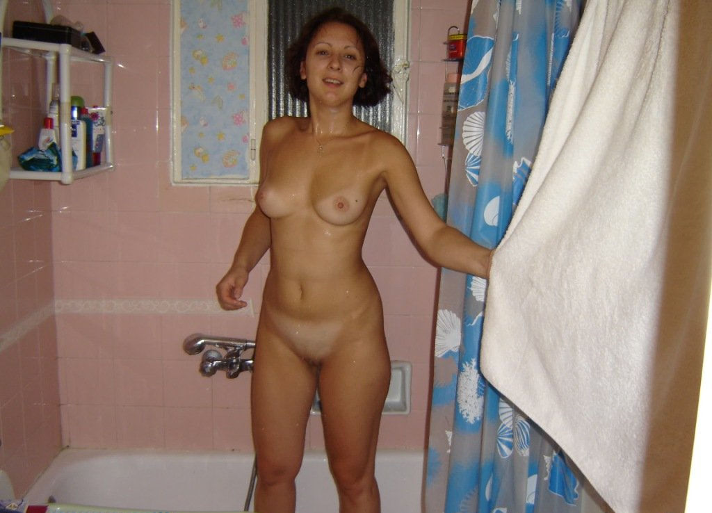 Naked Russian Milf With Nice Body At Bath  Russian Sexy Girls-8456