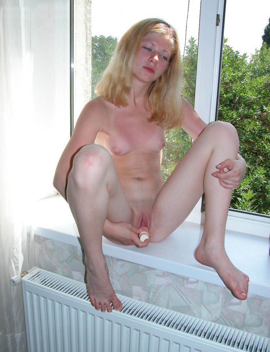 Amazing Russian Teen Girl Masturbates With Dildo On -6753